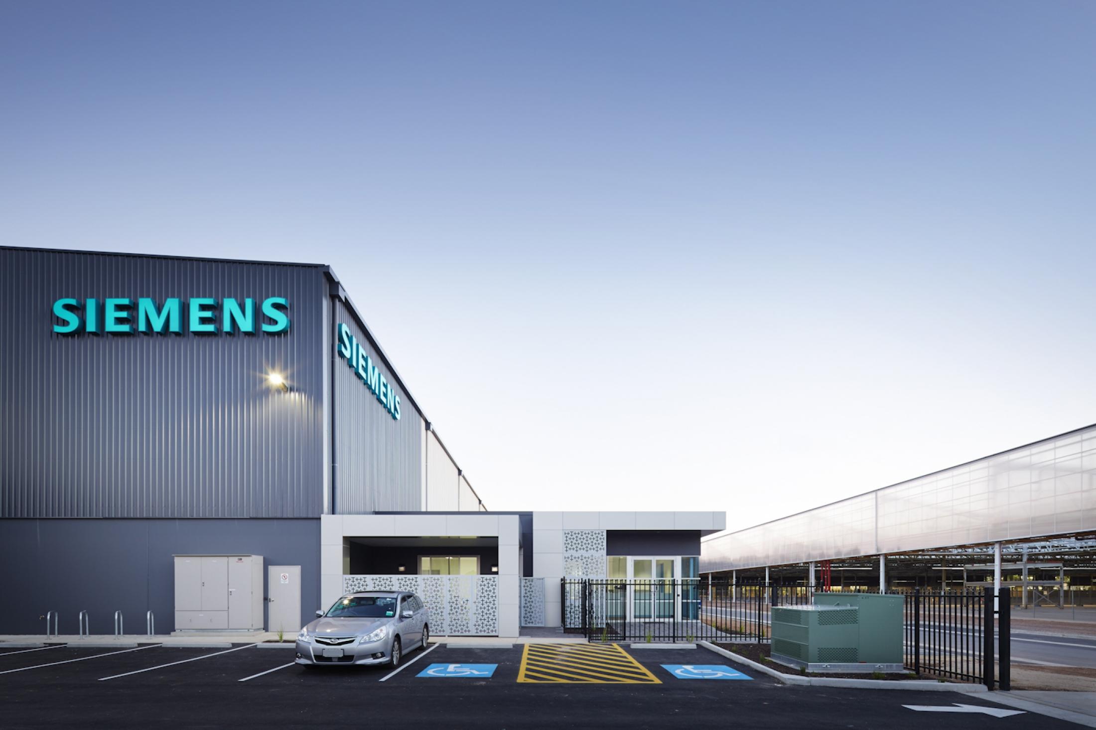 SNoonan_C&G_SiemensTonsley_300415_035